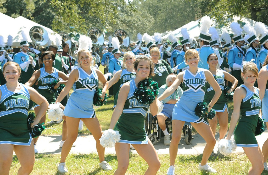 Public domain image from WikiCommons. Tulane cheerleaders, 2008.